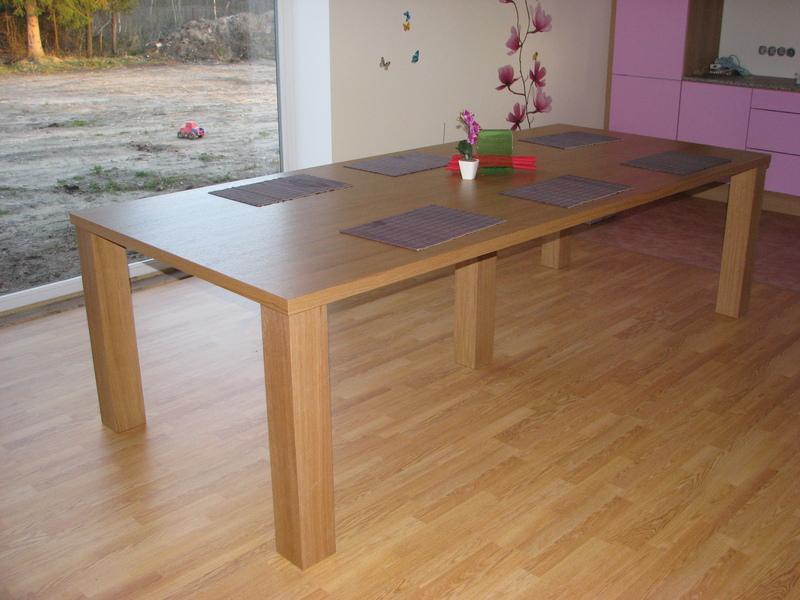 Oak veneer dining table 2.8x1.2 m