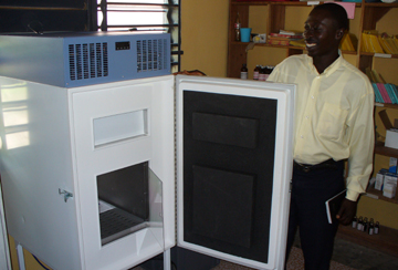 Since 2006 in operation: solar-powered refrigerator for vaccines and immune serums